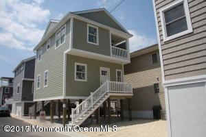 110 W Bay Way, Lavallette, NJ 08735