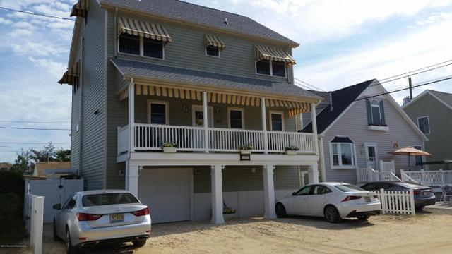 107 Dolphin Dr, Seaside Heights, NJ 08751