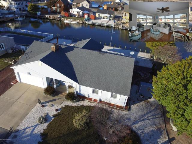 906 Capstan Dr, Forked River, NJ 08731