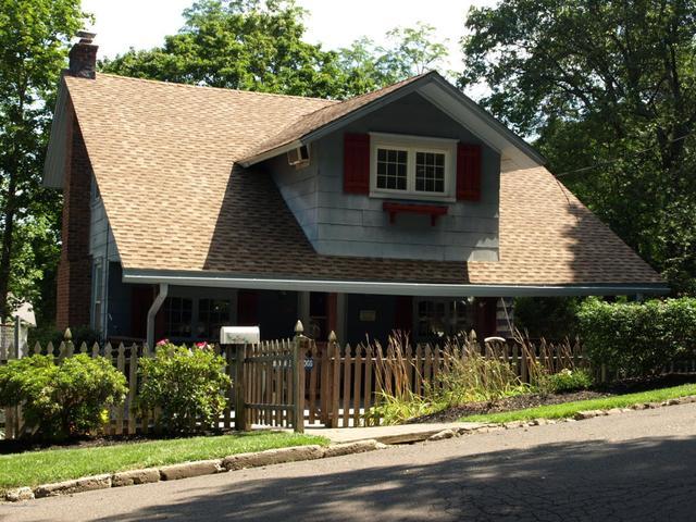 88 E Mount AveAtlantic Highlands, NJ 07716