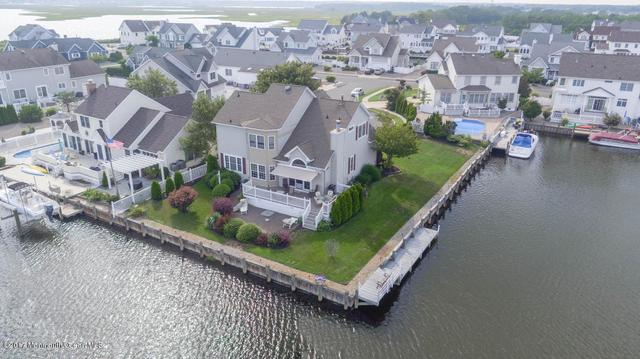 1304 Kingston Pl, Lanoka Harbor, NJ 08734