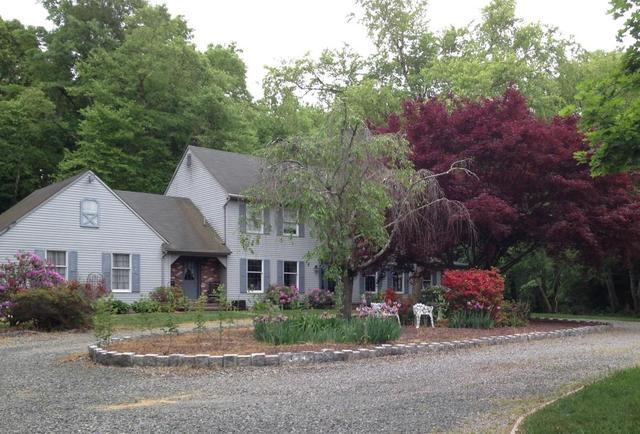 25 Moorehouse Rd, New Egypt, NJ 08533