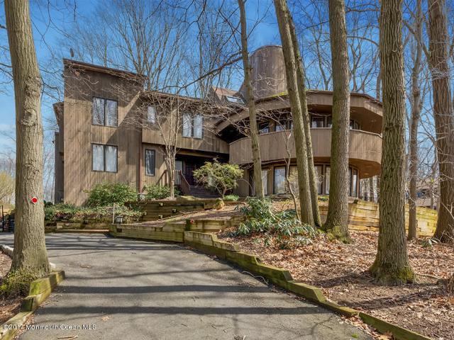 36 Stoney Brook Rd, Holmdel, NJ 07733