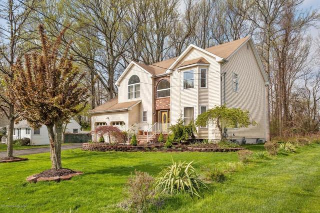 1624 Melville St, Oakhurst, NJ 07755