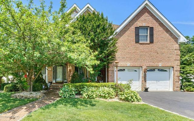 424 Brentwood Ave, Toms River, NJ 08755