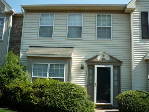 73 Arlington Ct #N010, Holmdel, NJ 07733