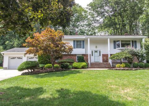 101 Howe LnFreehold, NJ 07728