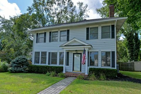 36 Hubbard Ave, Red Bank, NJ 07701