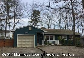 479 Lighthouse Dr, Manahawkin, NJ 08050