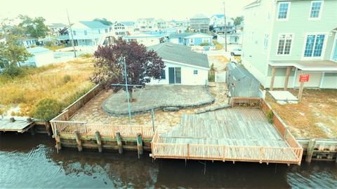 40 W Dory Dr, Little Egg Harbor, NJ 08087