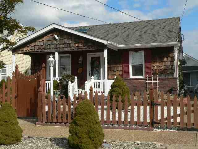 243 S 13th St, Brigantine, NJ 08203