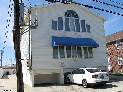 6 N Adams Ave #2, Margate City, NJ 08402