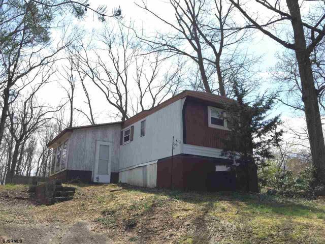 6801 Whittier Dr, Millville, NJ 08332