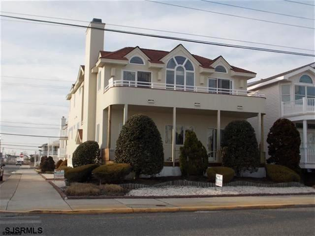 3566 Asbury Ave, Ocean City, NJ 08226