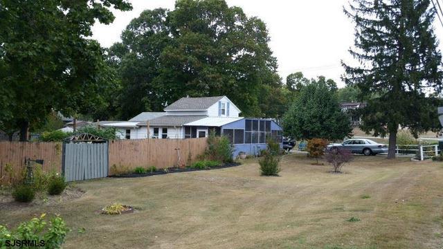 466 N Orchard Rd, Vineland NJ 08360