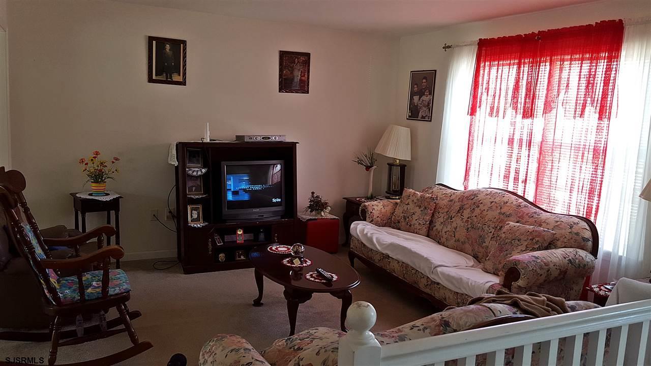 1478 S East, Vineland, NJ 08360