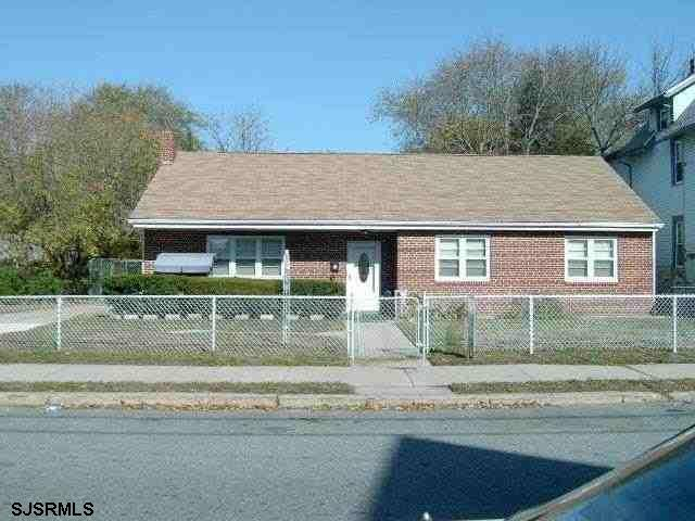 36 W Pleasant Ave, Pleasantville NJ 08232