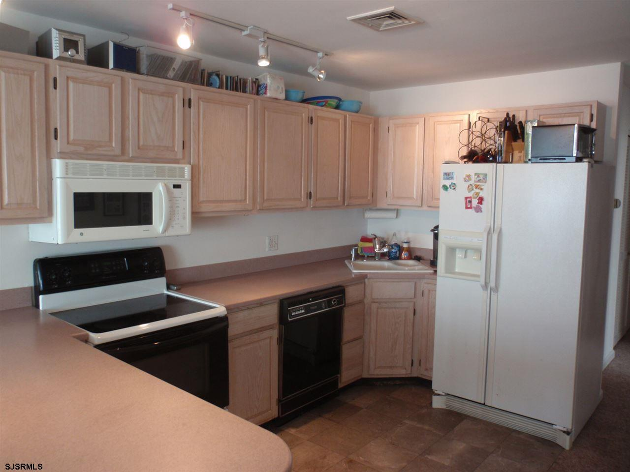 111 S Buffalo #303, Ventnor City, NJ 08406