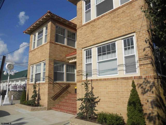 7 S Frontenac Ave #3, Margate City, NJ 08402