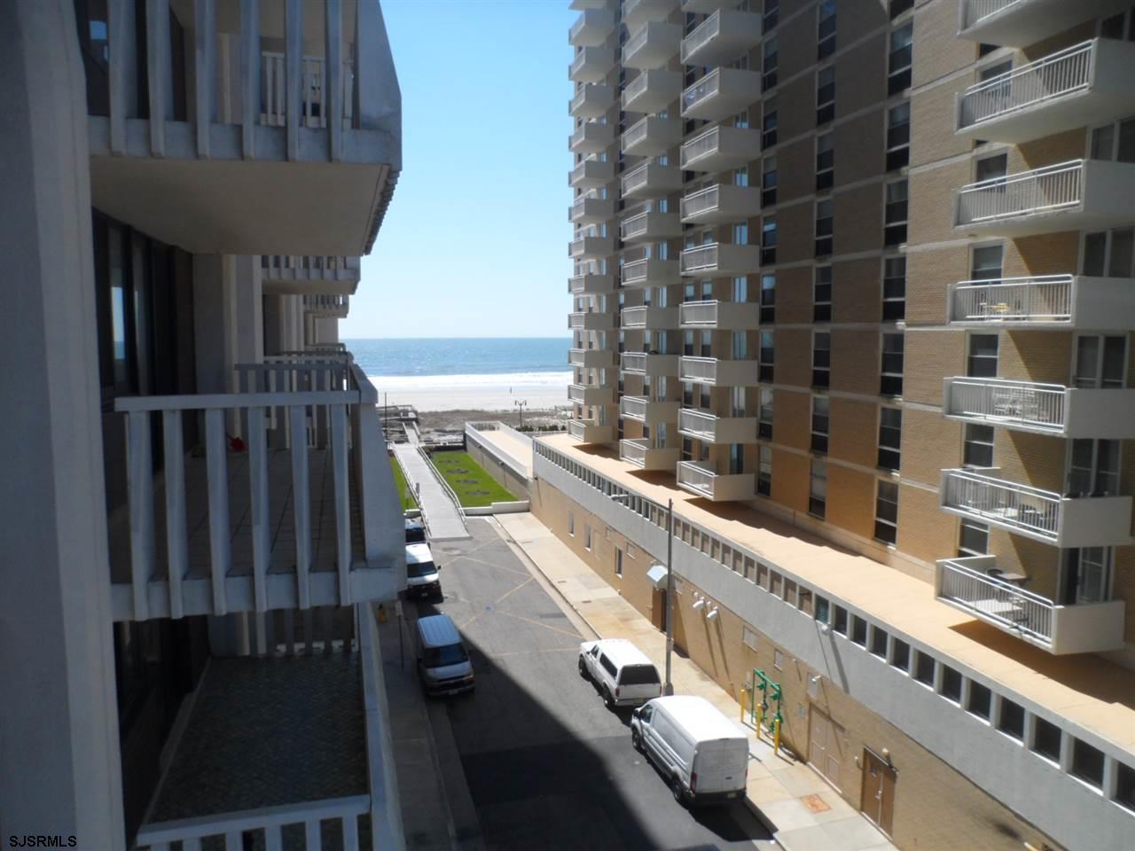 100 S Berkley Avenue #6L, Atlantic City, NJ 08401
