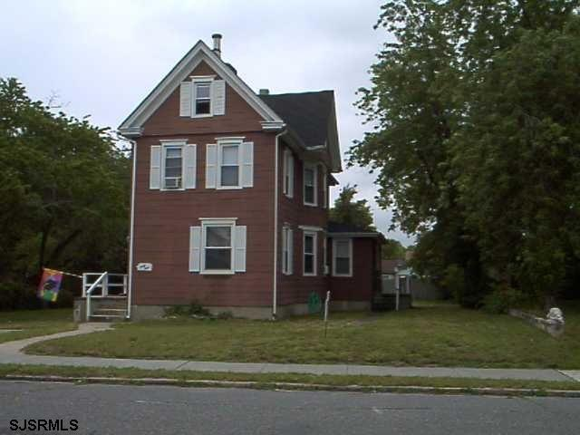 44 E Park Ave Ave, Pleasantville NJ 08232