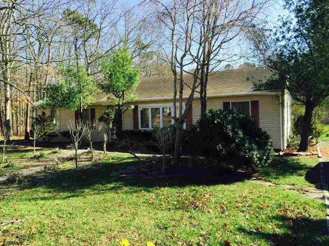536 Brook Lane Ln, Galloway Township, NJ 08203