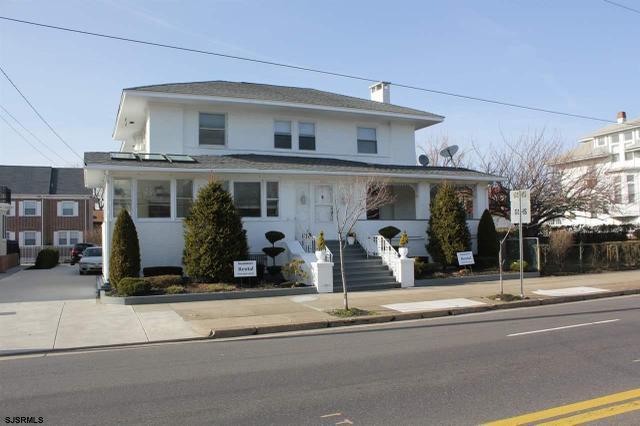 5811 Ventnor Ave, Ventnor City, NJ 08406