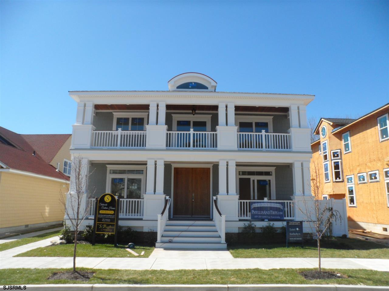14 N Sumner Ave, Margate City, NJ 08402