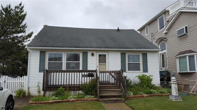 226 6th St N St, Brigantine, NJ 08203