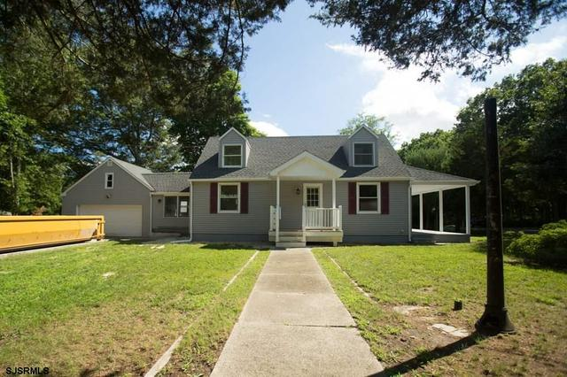 536 E Brown Ave, Galloway, NJ 08205