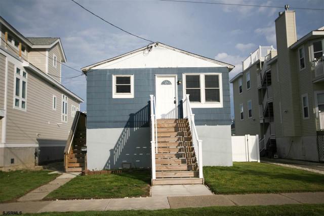 305 Simpson Ave, Ocean City, NJ 08226
