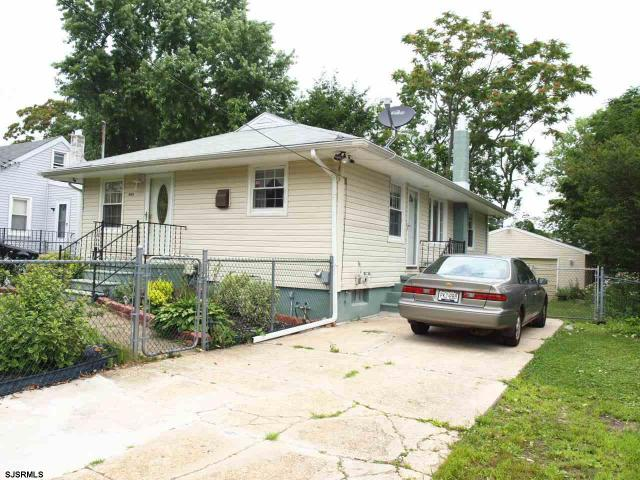 408 Laurel St, Vineland, NJ 08360