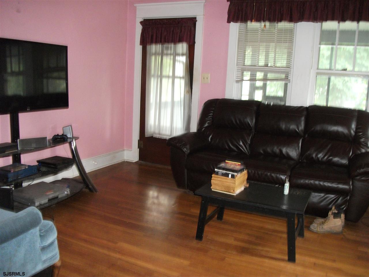 20 N Valley Avenue, Vineland, NJ 08360