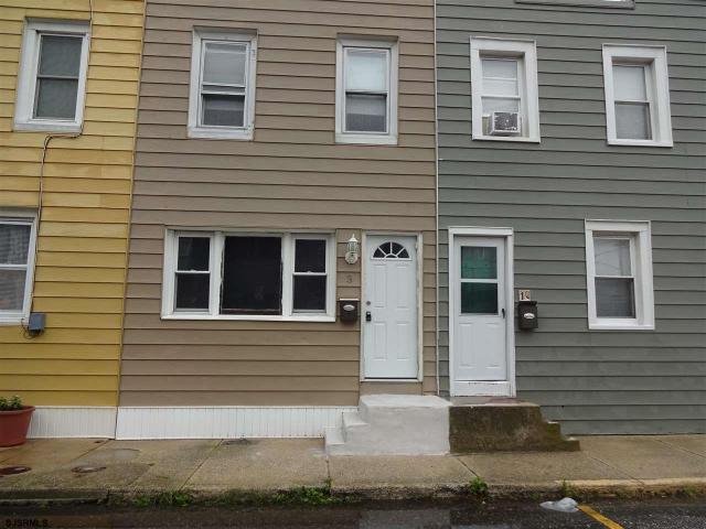 3 Mercer Pl, Ocean City, NJ 08226