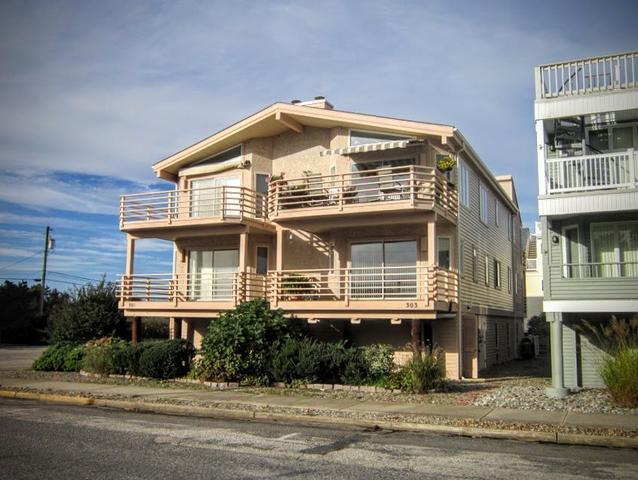 303 59th St # 2, Ocean City, NJ 08226