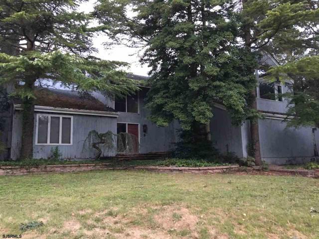 2052 Arbor Dr, Linwood, NJ 08221
