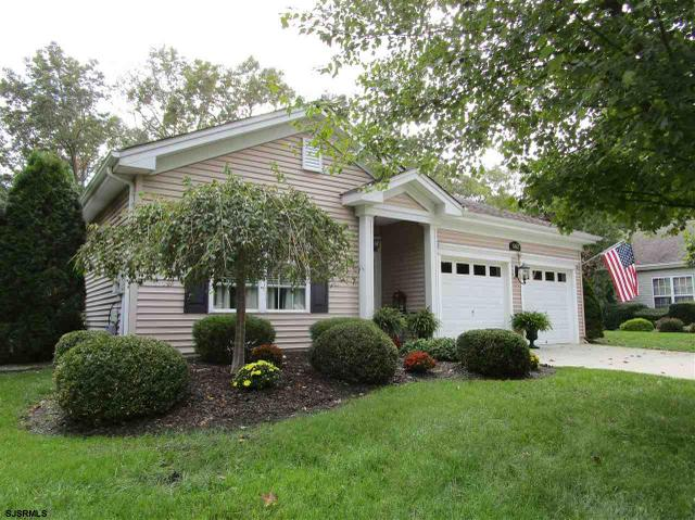 662 Country Club Dr, Galloway Township, NJ 08205