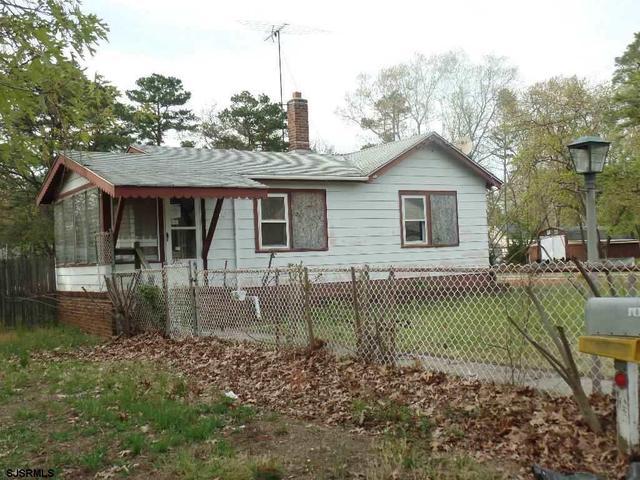 310 Henderson Ave, Millville, NJ 08332