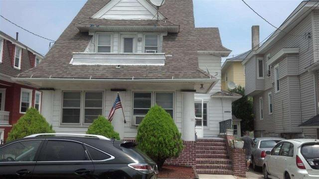 23 S Nashville Ave, Ventnor City, NJ 08406