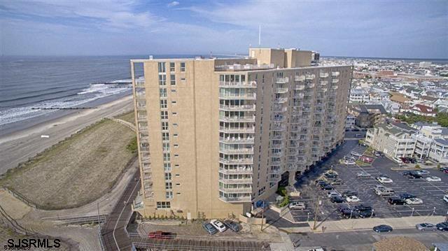 921 Park Pl #1400, Ocean City, NJ 08226