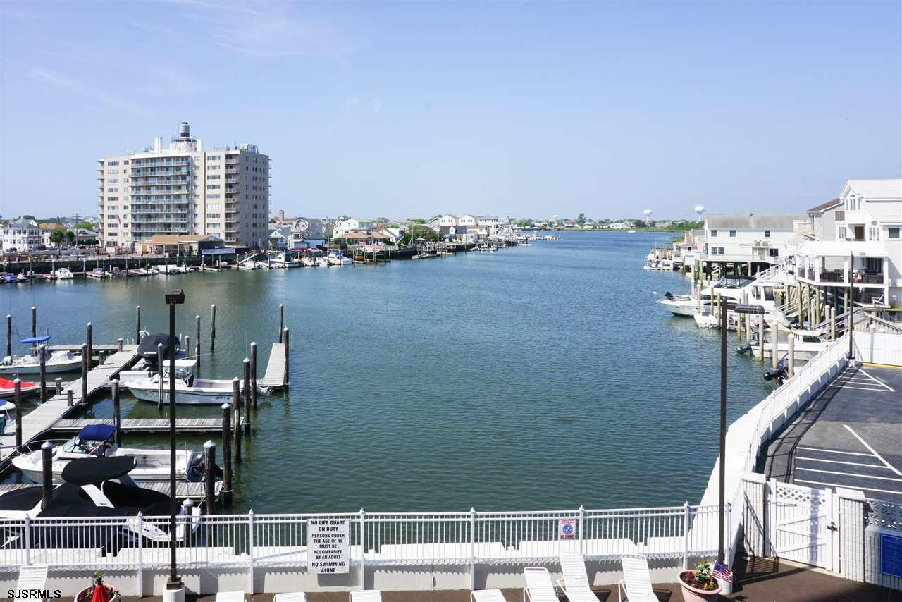 236 N Derby Avenue #306, Ventnor City, NJ 08406