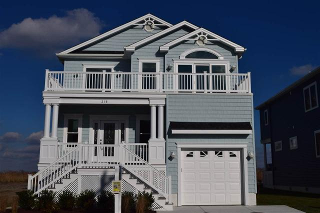 215 N 14th St, Brigantine, NJ 08203