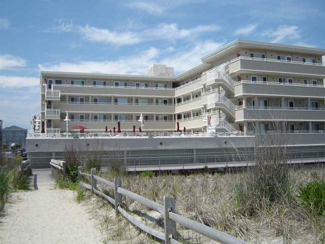 5300 Boardwalk #221, Ventnor City, NJ 08406
