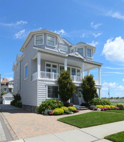 111 S Derby Ave, Ventnor City, NJ 08406
