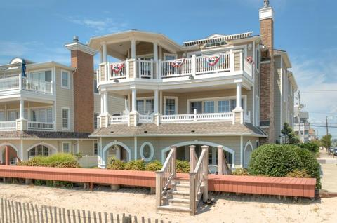 3903 Central Ave #2, Ocean City, NJ 08226