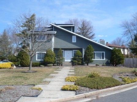 524 Cedarbrook Ln, Linwood, NJ 08221