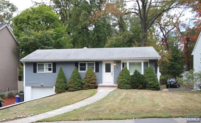 59 Seminole Ave, Oakland, NJ 07436