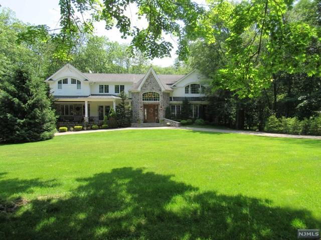 26 Millstream Rd, Upper Saddle River, NJ 07458