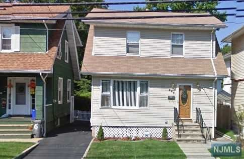 689 Elm St, Kearny, NJ