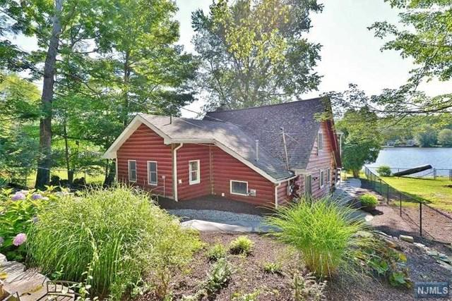 249 Bearfort Rd, West Milford, NJ